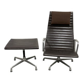 Herman Miller Charles & Ray Eames Aluminum Group Lounge Chair + Ottoman For Sale
