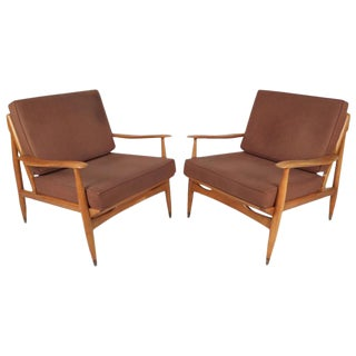 Mid-Century Modern Oak Lounge Chairs For Sale