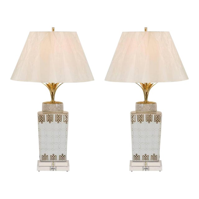 Stylish Pair of Modern Chippendale Style Ceramic Lamps For Sale