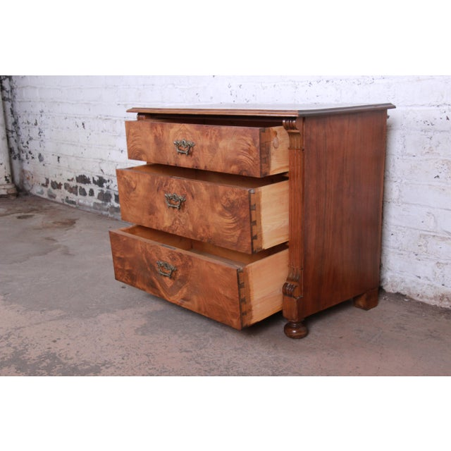 19th Century Continental Burled Walnut Three-Drawer Bachelor Chest For Sale In South Bend - Image 6 of 13