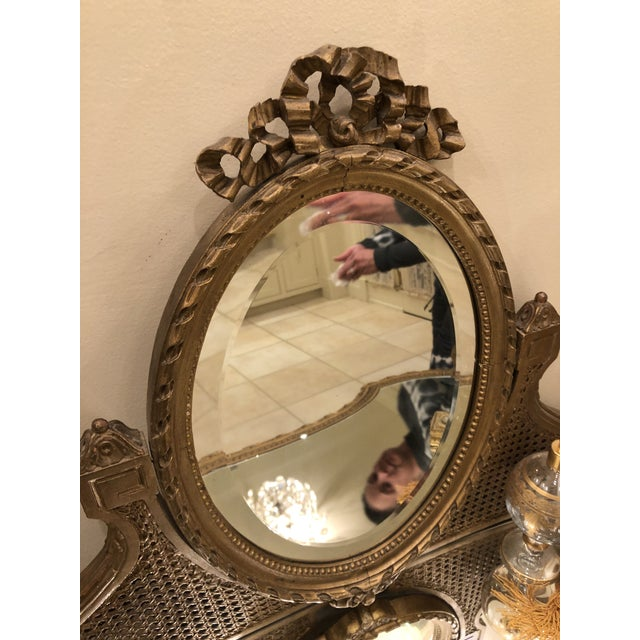 19th Century Italian Gilded Vanity With Curved Oval Mirror For Sale - Image 4 of 11