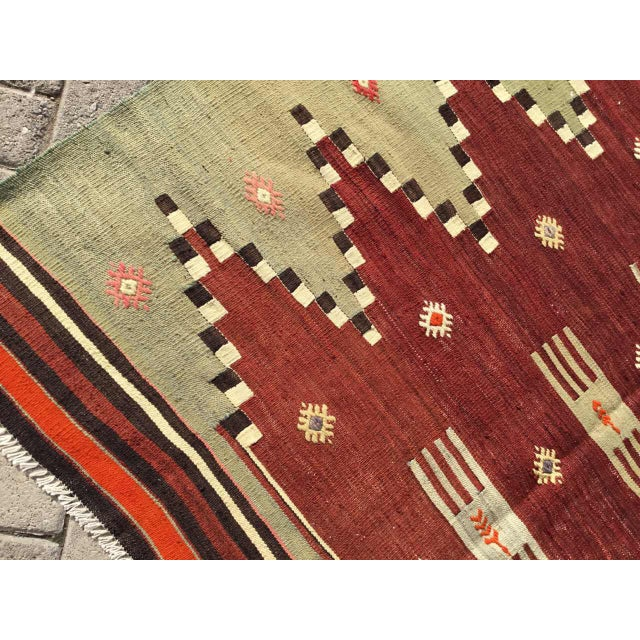 "Vintage Turkish Kilim Rug - 4'9"" X 7' - Image 5 of 10"