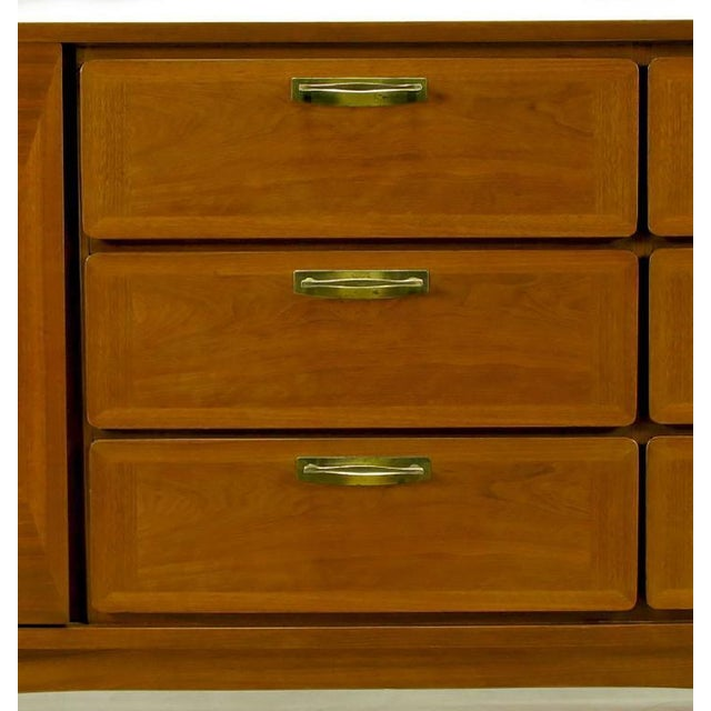 1950s Red Lion Parquetry Front Mahogany Nine-Drawer Dresser For Sale In Chicago - Image 6 of 9