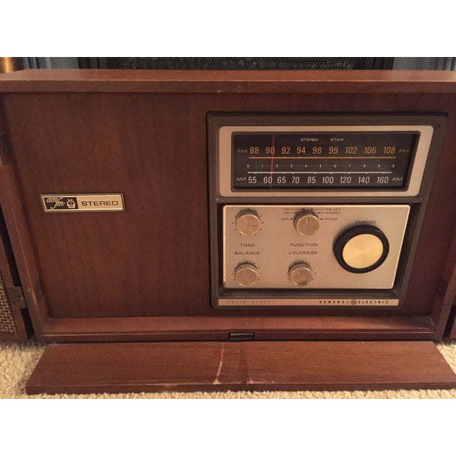 Mid-Century General Electric Folding Speaker Radio - Image 4 of 7