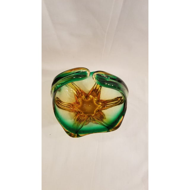 Vintage Mid Century Murano Mouth Blown Glass Basket, Made in Italy, Condition, Green and Gold For Sale - Image 9 of 11