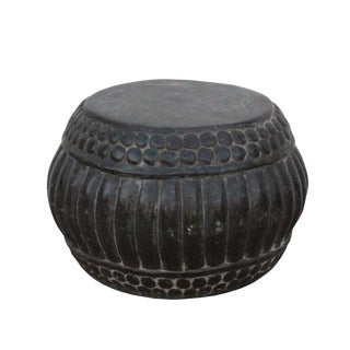 Chinese Gray Stone Carved Round Simple Relief Pattern Stand For Sale