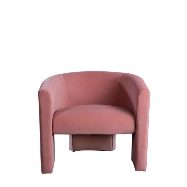Leblon Barrel Chair in Rose For Sale