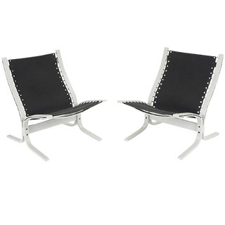 "Pair of ""Siesta"" Lounge Chairs by Westnofa For Sale"