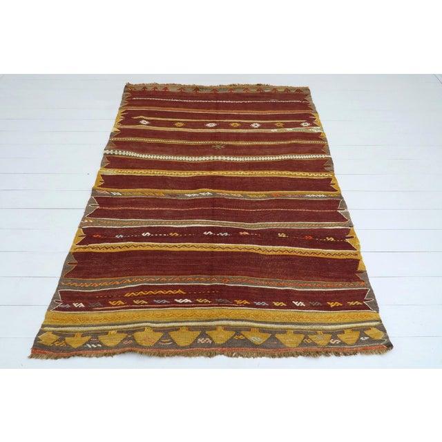 Anatolian Kilim Tribal Turkish Kilim Rug-4′8″ × 6′1″ For Sale - Image 13 of 13