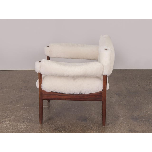 White Kristian Vedel Sheepskin Modus Lounge Chairs - a Pair For Sale - Image 8 of 13