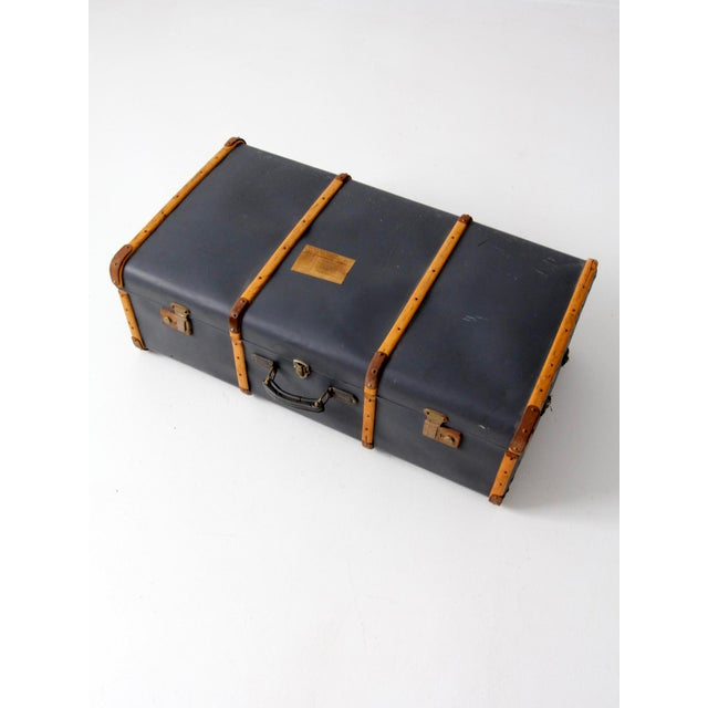 Mid 20th Century Vintage Steamer Trunk Suitcase For Sale - Image 5 of 10
