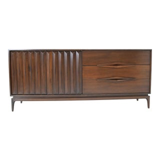 Mid-Century Modern Walnut Sculpted Sideboard For Sale