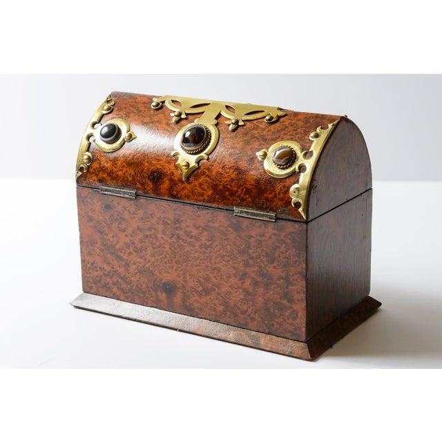 English Traditional English Yew Wood Box For Sale - Image 3 of 7