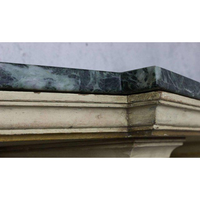 1950s French Painted and Gilt Wall-Mounted Console with Green Marble For Sale - Image 5 of 10