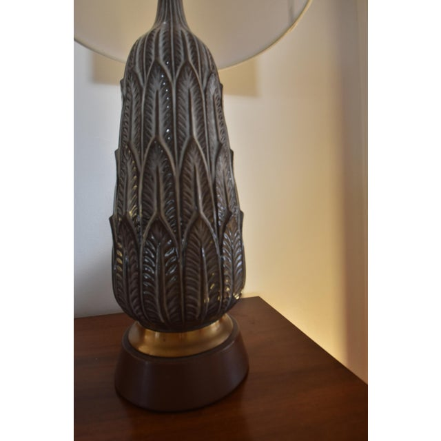 Vintage Mid-Century Porcelain Lamp - Image 6 of 6