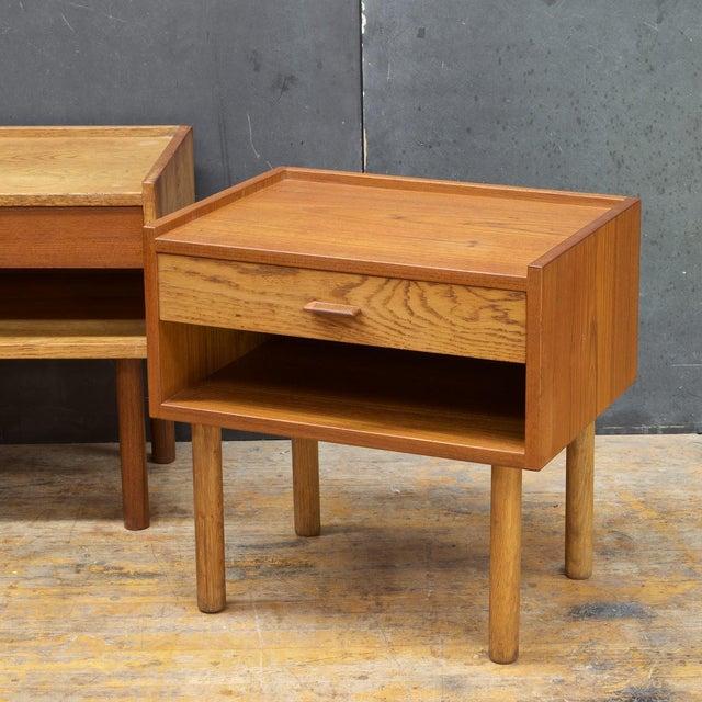 1950s Hans Wegner Bedside Nightstand Pair Vintage Mid Century Modern Ry Mobler Teak Oak For Sale - Image 5 of 10