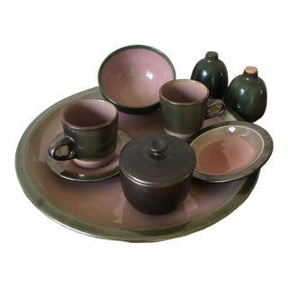 1980s Green and Pink Heath Pottery Full Set - 47 Pieces For Sale