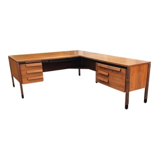 1960s Mid-Century Modern Jens Rissom Style L-Shaped Executive Desk For Sale