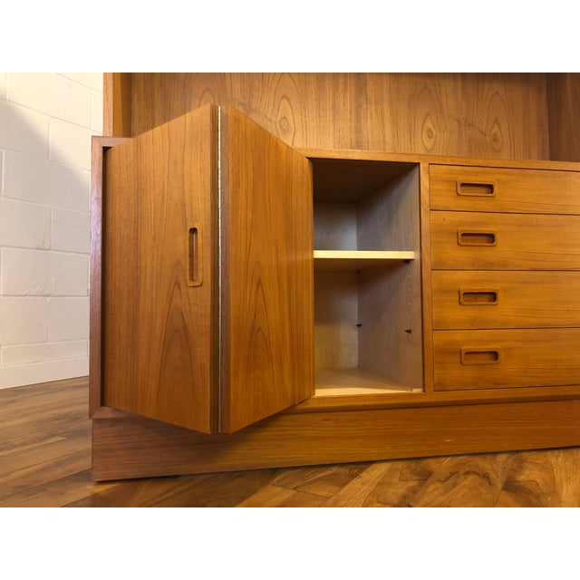 Mid 20th Century Poul Hundevad Teak Sideboard With Display Hutch For Sale - Image 5 of 10