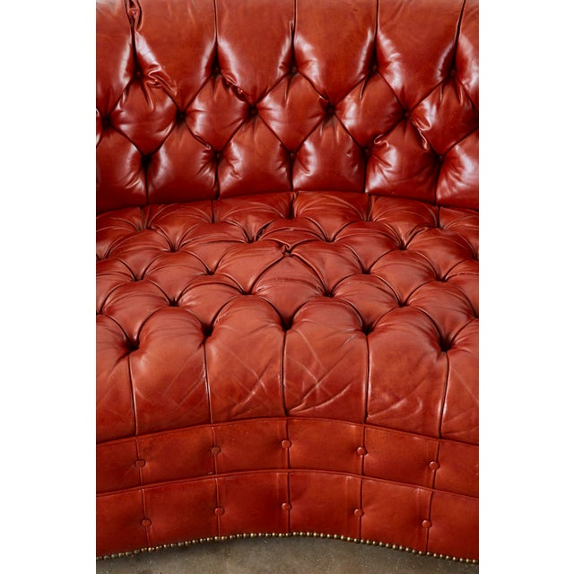 Midcentury English Chesterfield Style Kidney Bean Leather Settee For Sale In Sacramento - Image 6 of 13