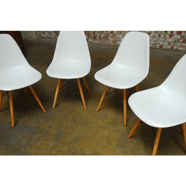 Set of Four Herman Miller Dsw Style Dining Chairs - Image 11 of 11