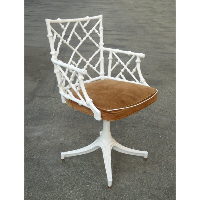 Vintage mid century modern white faux bamboo Chinese chippendale swivel chair. Gorgeous chair in good vintage condition....