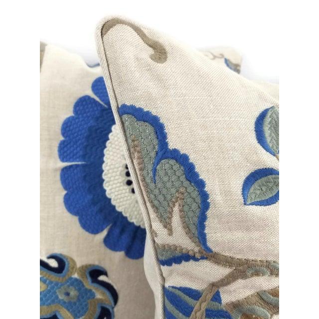 """Manuel Canovas Bordeaux Ciel Blue & Light Tan Linen with Self-Welt Pillow Cover - 20"""" X 20"""" For Sale - Image 4 of 6"""