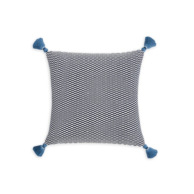 Bright and jazzy, our Ella Pillow brings a unique pop of color with beautiful craftsmanship. We use 100% cotton yarn to...