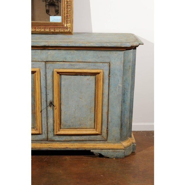 Italian Florentine Light Grey Blue Painted Buffet with Two Doors from the 1820s For Sale - Image 4 of 11