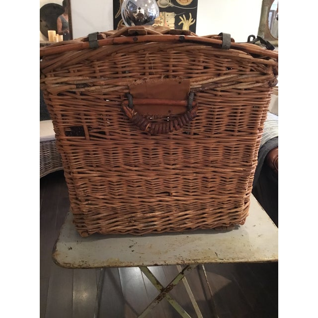 Tan 20th Century French Woven Wicker Basket For Sale - Image 8 of 13
