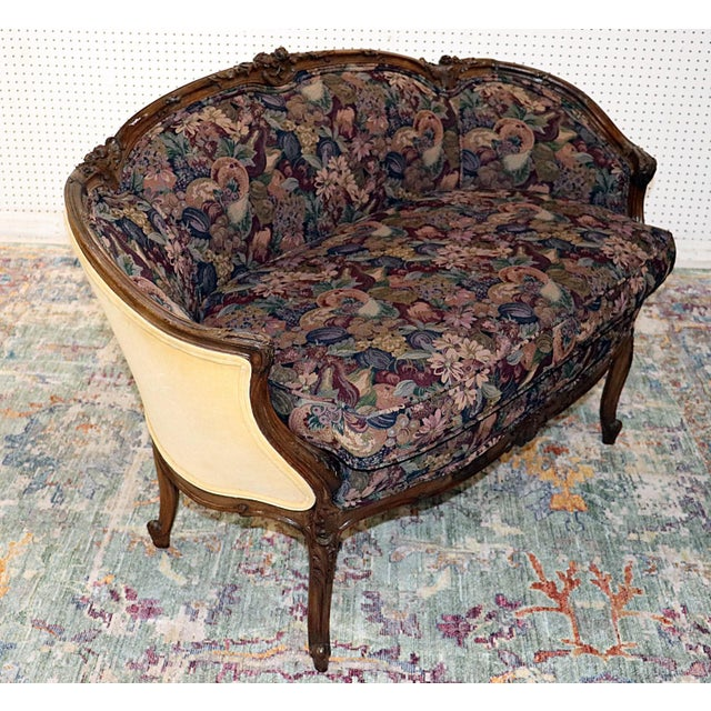 French Louis XV Style Carved Walnut Tapestry Settee For Sale - Image 3 of 11