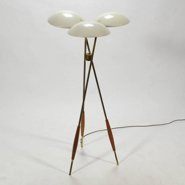 Mid-Century Modern Gerald Thurston Tripod Floor Lamp by Lightolier For Sale - Image 3 of 10