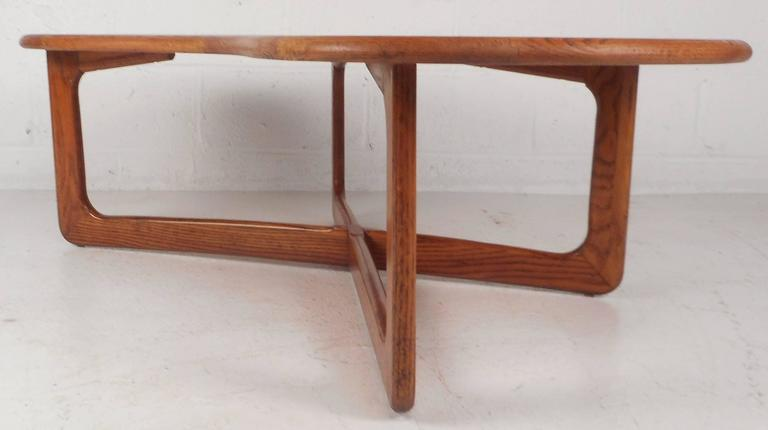 Mid Century Modern Kidney Shaped Coffee Table By Lane Furniture   Image 4  Of 9