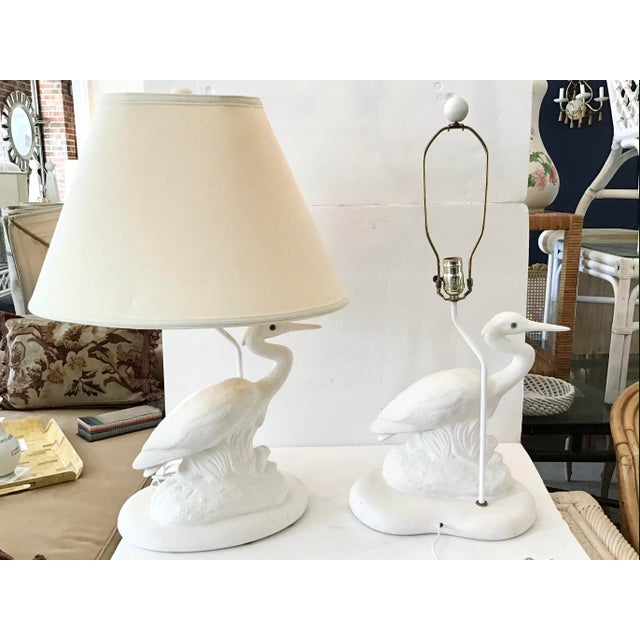 Vintage Coastal White Reverse Birds Lamps With Shades-Pair For Sale - Image 4 of 8