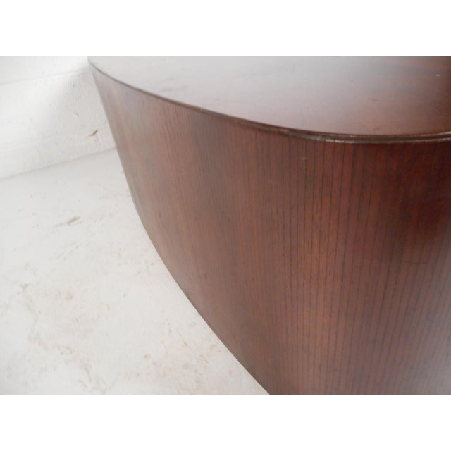 Mid-Century Modern Oval Coffee Table For Sale - Image 11 of 12