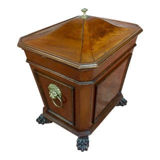 19th C. English Regency Mahogany Wine Cellarette For Sale