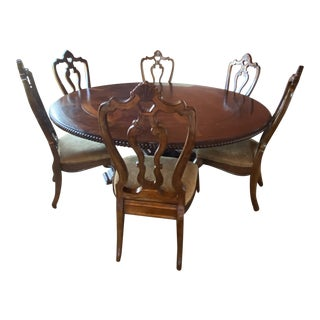 Traditional Round Dining Room Set For Sale