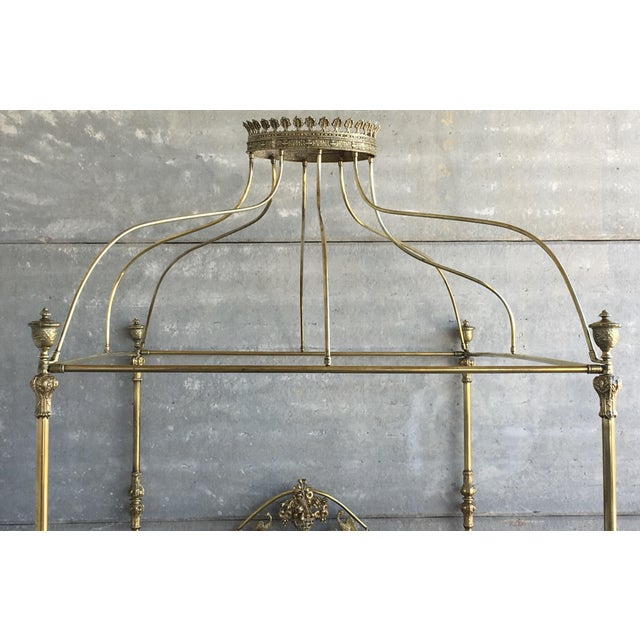 19th Wide Brass Four Poster Bed With Bird Castings, Ornamental Motifs and Crown For Sale In Miami - Image 6 of 13