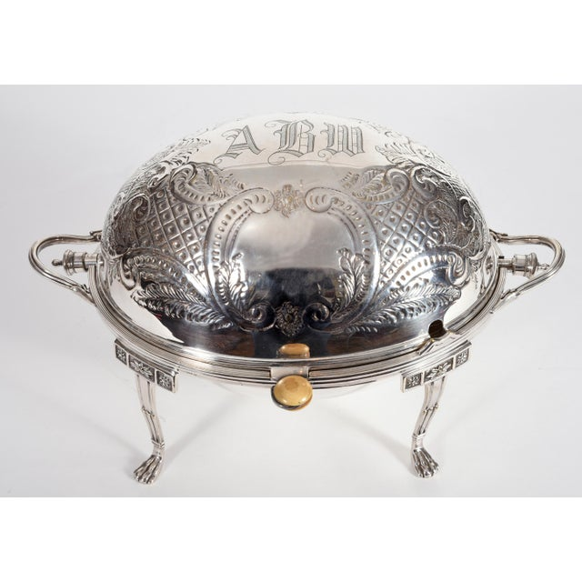 Vintage English silver plated / copper footed tableware condiments server. The server is in excellent condition, maker's...