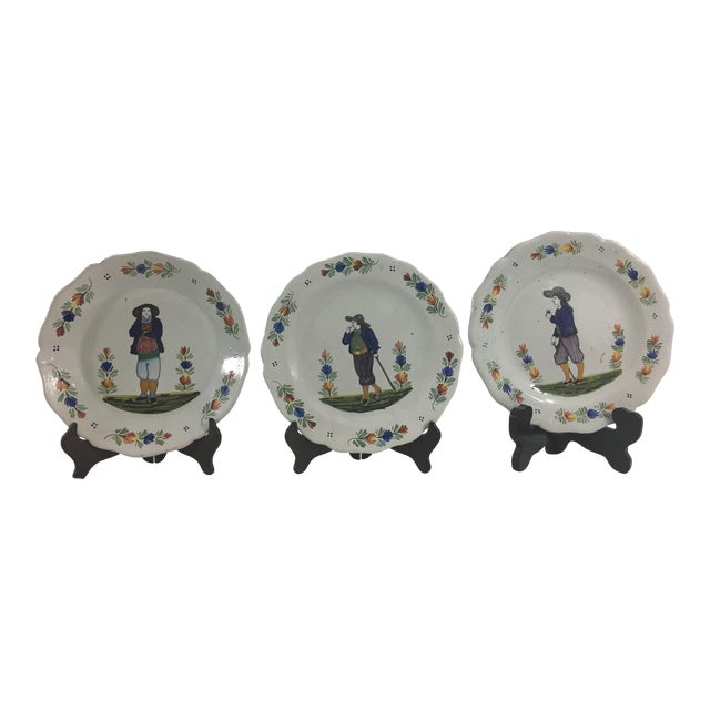 Quimper Plates With Men- Set of 3 For Sale