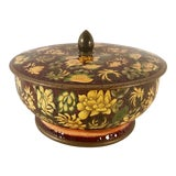 Image of Vintage English Floral Tin Bowl For Sale