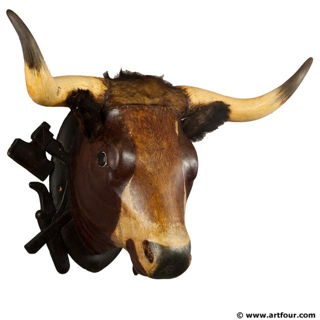 Late 19th Century Wooden Carved Bull Head From A Butchery Ca. 1880 For Sale - Image 5 of 5