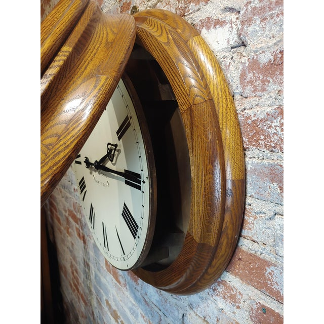 """1900 - 1909 1900s Seth Thomas 30 Days 24"""" Oak Gallery Clock For Sale - Image 5 of 10"""