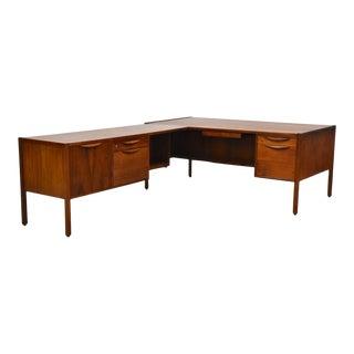 Jens Risom Walnut Mid Century L-Shaped Desk For Sale