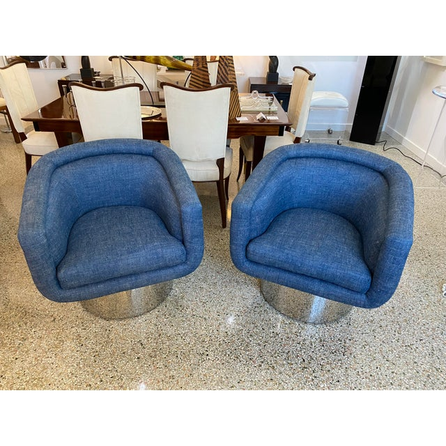 Mid-Century Modern Leon Rosen for Pace Chairs Memory Swivel - a Pair For Sale - Image 12 of 13