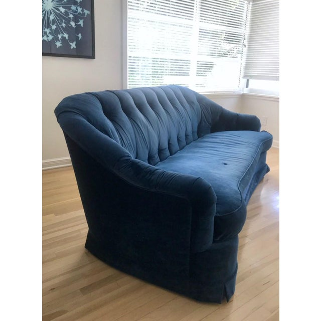This a very comfortable yet stylish royal/electric blue shabby chic chesterfield sofa. This is a great deal - the sofa was...