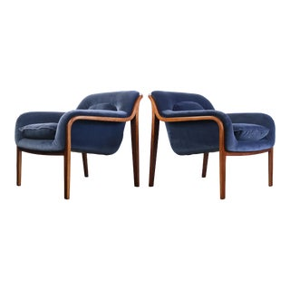 Set of 2 Bentwood Lounge Chairs by Bill Stephens for Knoll For Sale