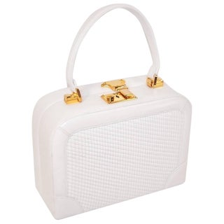 C.1990 Judith Leiber White Leather Box Handbag With Convertible Handles For Sale