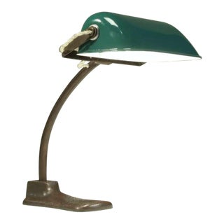 1930s Italian desk lamp with bronze foot and green enameled shade For Sale