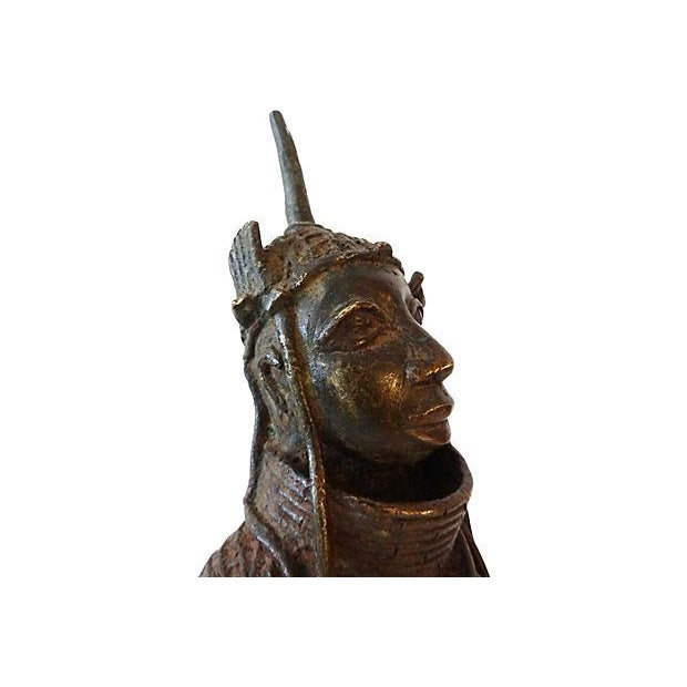 African Oba Nigeria Benin Bronze Figure For Sale - Image 3 of 7